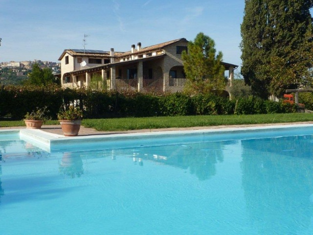 20141031051313Abruzzo Agriturosmo Zwembad Pescara