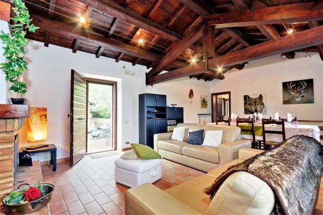 20170621023700Vrijstaand Huis San Severino Le Marche 18