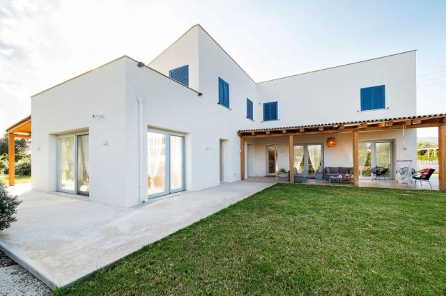 20180827013444Zeer Luxe Villa Zwembad Zee Sicilie 12