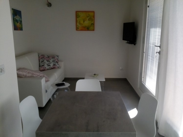 20190320030835Villa Met 4 Appartementen Zwembad Filottrano 23