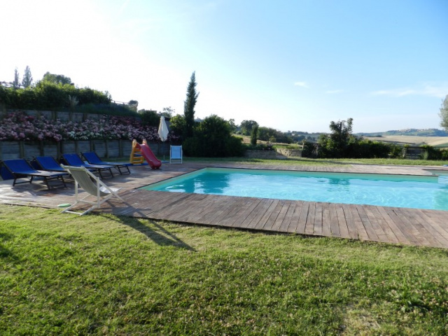 20190624031124Le Marche Agriturismo Zwembad 5