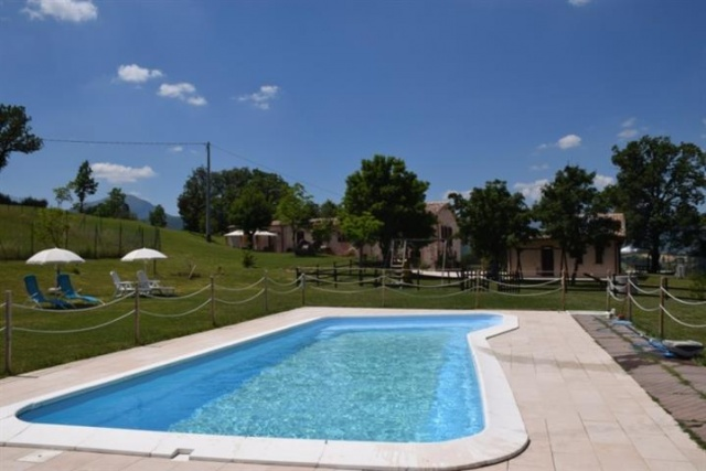 Agriturismo Met Zwembad In Le Marche 44