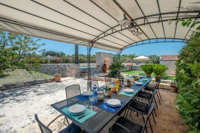 Alberobello Trulli Appartement Zwembad Veranda 2