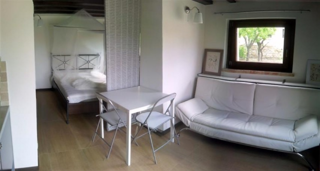 Appartement In Agriturismo Met Pool 27c