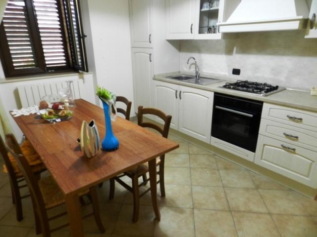 Appartement Voor 4 Personen  Met Uitzicht Le Marche 24a