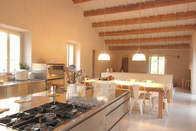 Compleet Vrij Gelegen Villa Pergola 17