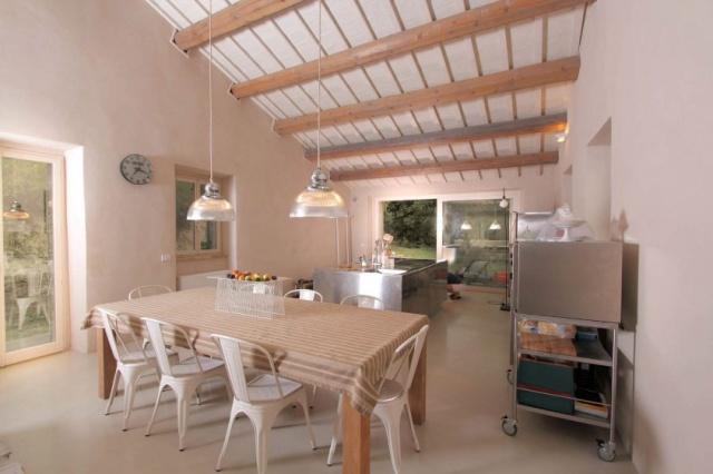 Compleet Vrij Gelegen Villa Pergola 19