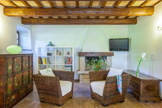 Fermignano Le Marche Luxe Villa Zwembad Salon 4