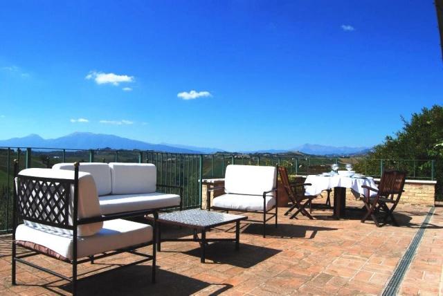 Grote Luxe Villa In Zuid Le Marche 11