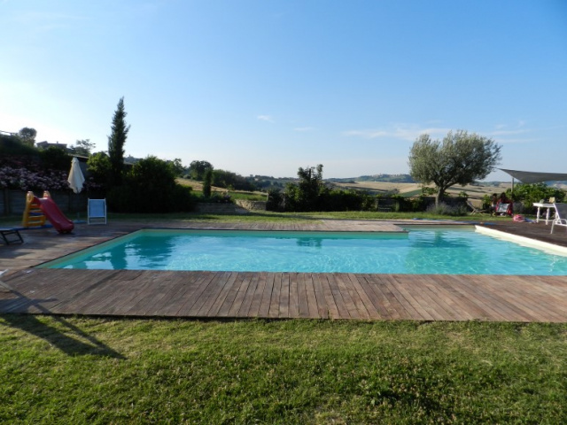 Le Marche Agriturismo Zwembad 6