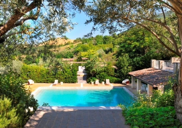 Luxe Grote Vrijstaande Villa Met Grootzwembad In Le Marche 4