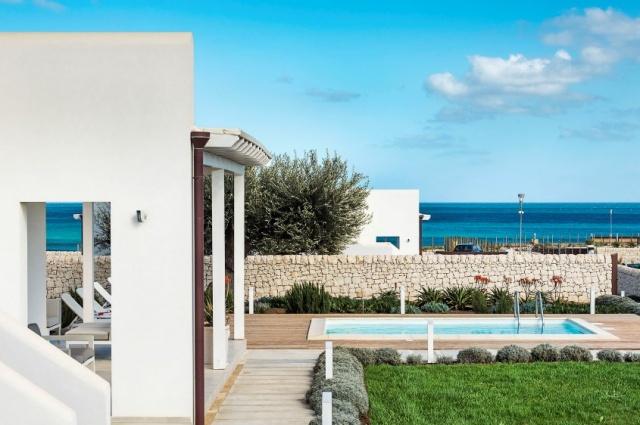 Moderne Villa Aan Strand Puglia 1a