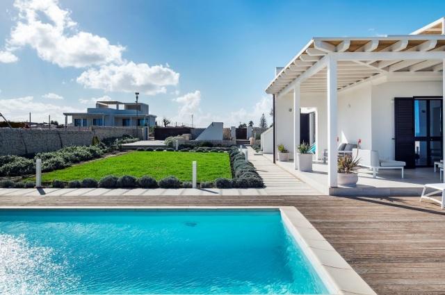 Moderne Villa Aan Strand Puglia 1d