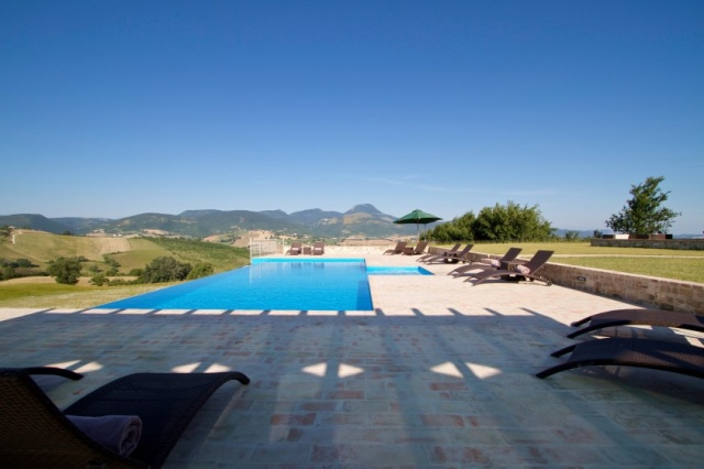Moderne Villa Groot Zwembad Le Marche 13