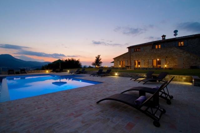 Moderne Villa Groot Zwembad Le Marche 9