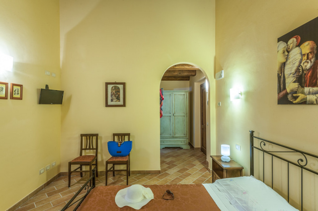 Noord Le Marche Urbino Villa LMV2310A Slaapkamer1