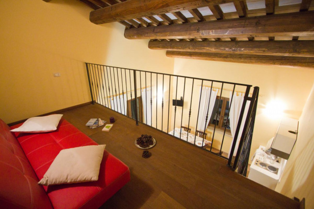 Noord Le Marche Urbino Villa LMV2310A Woonkeuken2