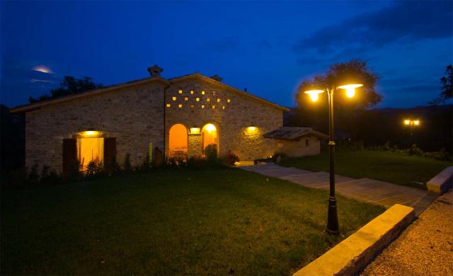 Noord Le Marche Urbino Villa LMV2310B Terras4
