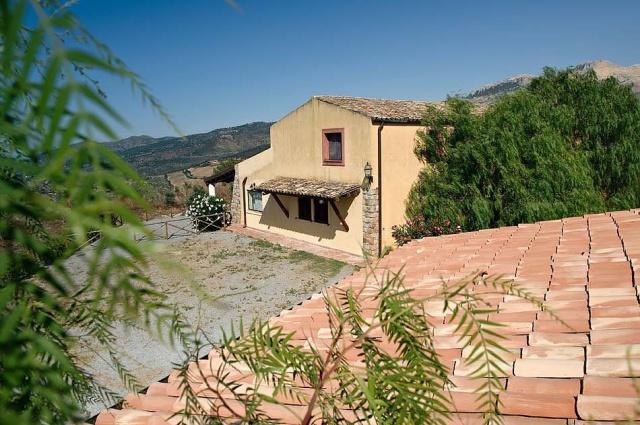 Noord Sicilie Vakantie Appartement Met Zeezicht En Zwembad 5a