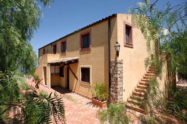 Noord Sicilie Vakantie Appartementen Met Zeezicht En Groot Zwembad 4