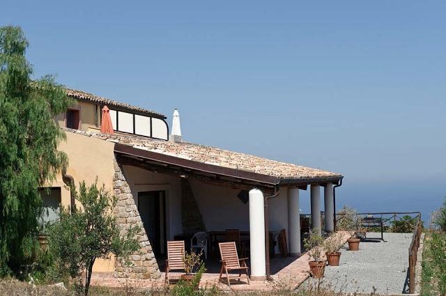Noord Sicilie Vakantie Appartementen Met Zeezicht En Groot Zwembad 7