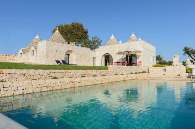 Puglia Vakantie Trullo 4 Slaapkamers Prive Zwembad