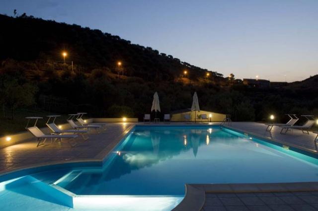 Sicilie Vakanties Agriturismo Met Zeezicht En Zwembad 2
