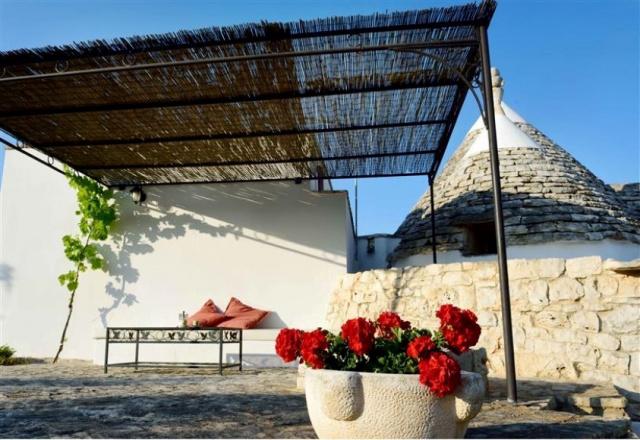 Trulli Met Zwembad Puglia 3a