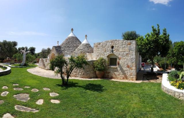 Trulli Met Zwembad Puglia 9d