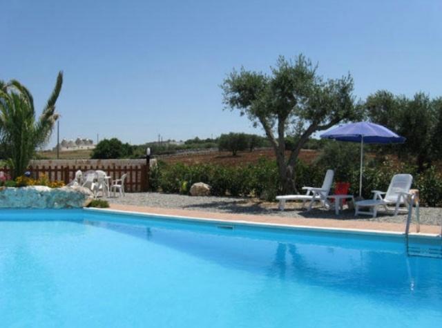 Trulli Met Zwembad In Puglia 52