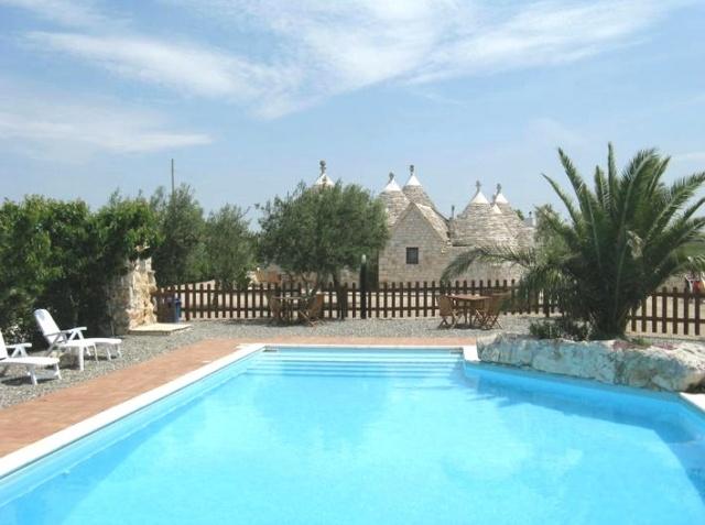 Trulli Met Zwembad In Puglia 58