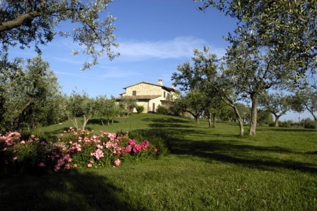 Umbrie Todi Villa Op Landgoed Zwembad 13