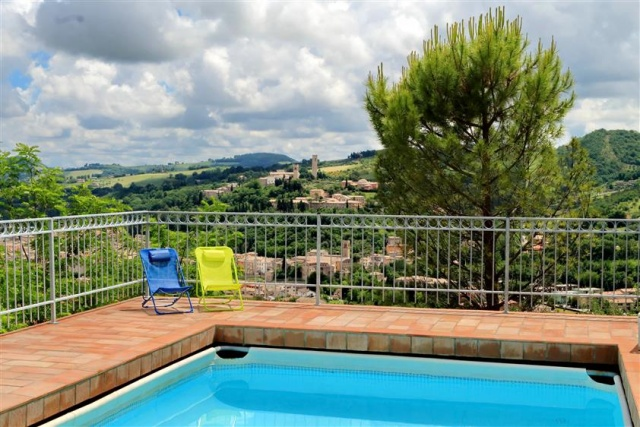 Villa Met Zwembad San Severino 9