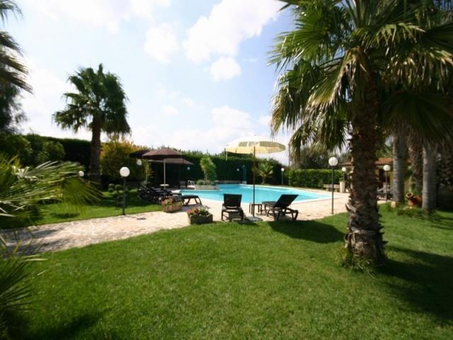 Villa Zwembad 8 Personen Puglia 8