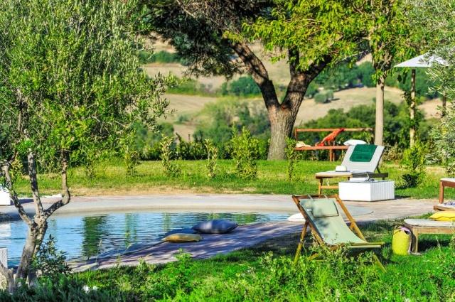 Villa Zwembad Le Marche 19