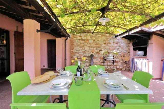 Villa Zwembad Sarnano 9