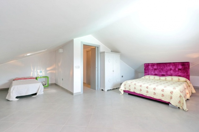 Villa Zwembad Airco Cingoli 11