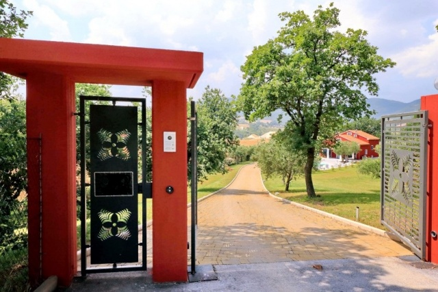Villa Zwembad Airco Cingoli 9