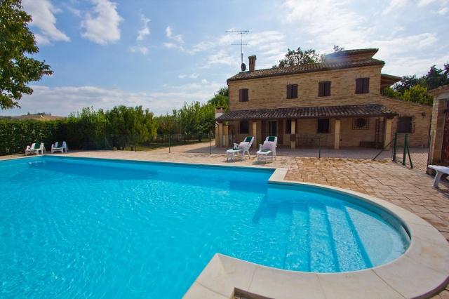 Villa Met Zwembad Voor 6p Macerata Le Marche 3