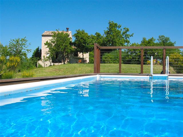 Vrijstaand Vakantiehuisje Voor 6 Met Zwembad Le Marche 4