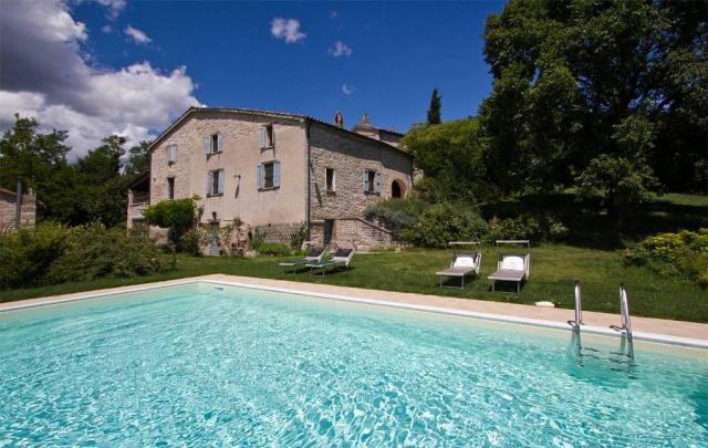 Vrijstaande Huisje Met Zwembad In Noord Le Marche 42
