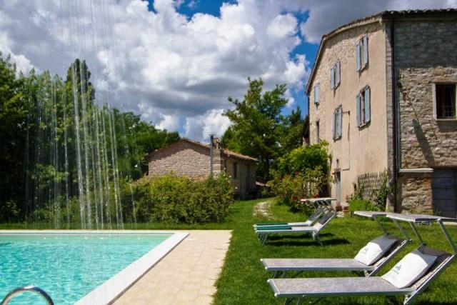Vrijstaande Huisje Met Zwembad In Noord Le Marche 45