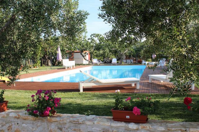 Gargano Puglia Agriturismo Aan De Kust In Vieste Met Zwembad En Manege 2