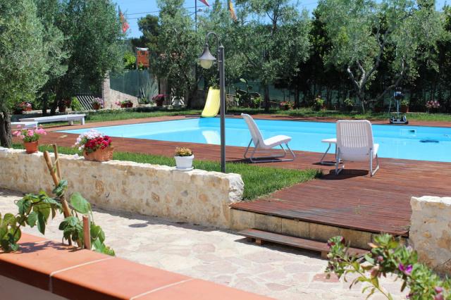 Gargano Puglia Agriturismo Aan De Kust In Vieste Met Zwembad En Manege 4