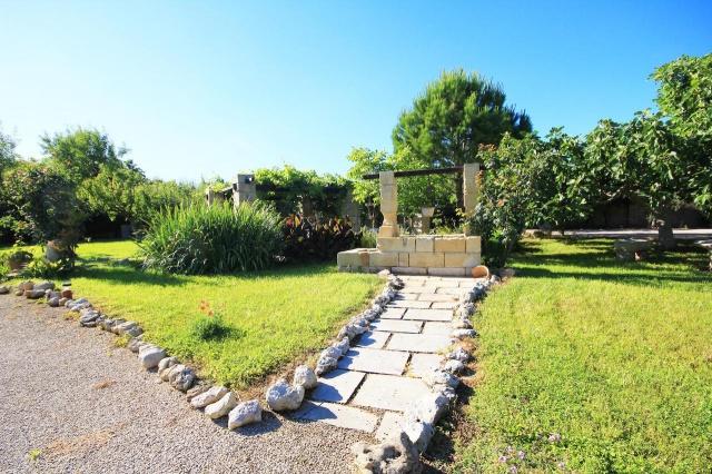 Kleinschalig Complex Met Zwembad En Jacuzzi Lecce 24