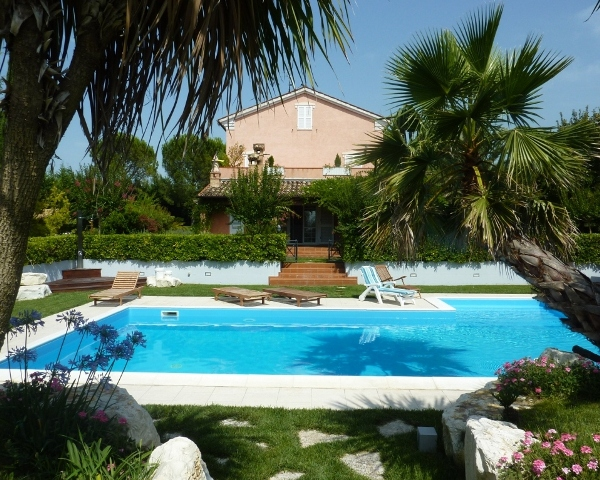 La Macina House Pool
