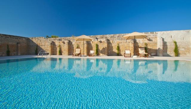 Luxe App Met  Gedeeld Zwembad Aan De Kust Zuid Puglia 1