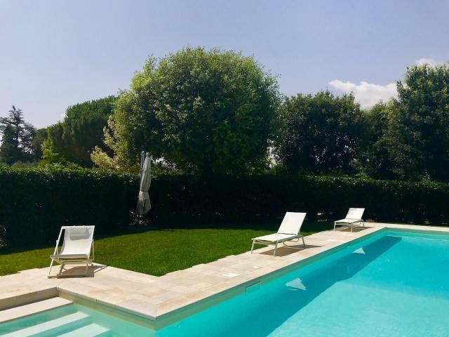 Luxe Masseria Landgoed Met Gedeeld Zwembad In Puglia 3