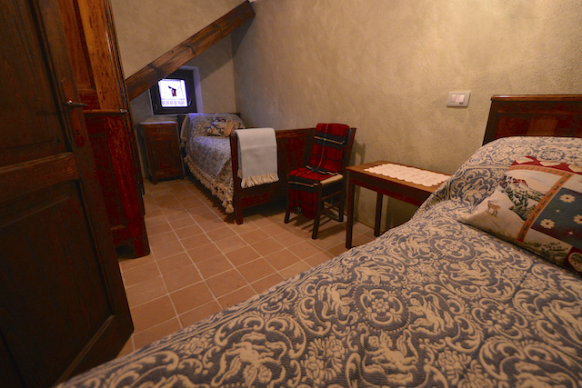 Luxe Woning Met Ligbad En Open Haard Abruzzo 8