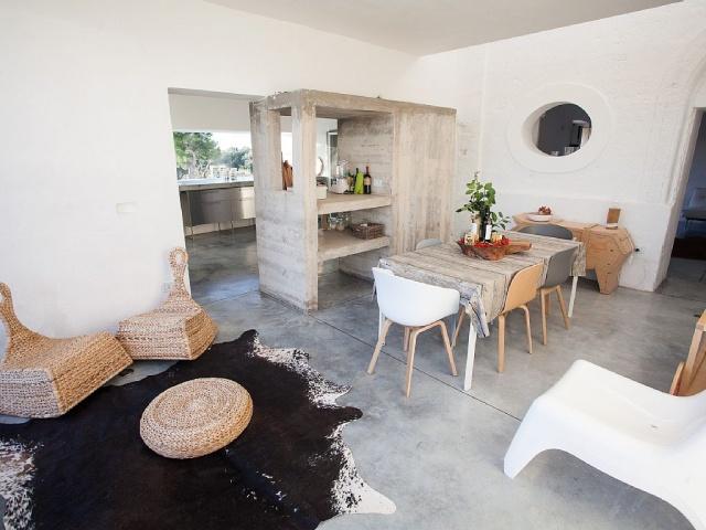 Moderne Villa Met Zwembad En Zeezicht In Puglia 16